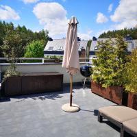 Słoneczny Apartament z tarasem – hotel w mieście Gdynia