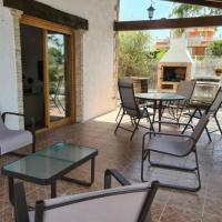 Magnifico chalet independiente con piscina, hotel in Molina de Segura
