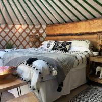 Luxury Yurt with Hot Tub