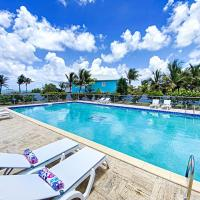Suite 47 On the Beach, Sea view, Pool , Wifi 100Mpbs, hotel in Orient Bay