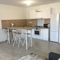 Apartement 7/8 personne, hotel near Perpignan - Rivesaltes Airport - PGF, Perpignan