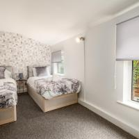 CONTRACTORS & Families - Central Location - Garden & Free Parking by ComfyWorkers
