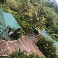 WATERFALL - El Paraiso, hotel in Nocaima