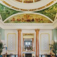 Queen's Hotel