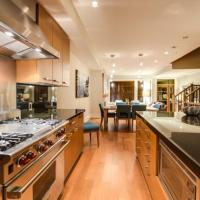 West Coast Alpine Contemporary 4 Bedroom Townhome with Private Hot Tub 35