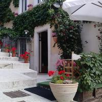 Garnì B&B La Rua-Pescocostanzo, hotel in Pescocostanzo