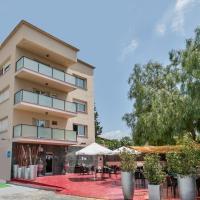Hotel H