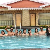 Grand Beach Resort, hotel in Mandarmoni