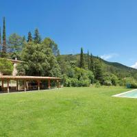 Cozy & Serene Mas Corbella Cottages by Angel Host, hotel in Tarragona