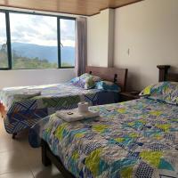 Hotel Las Maravillas, hotel in Tibirita