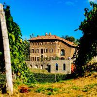 """""""La Baronessina"""" at Ca'Barun Winery, hotell i Santo Stefano Belbo"""
