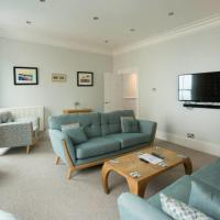 Seaside Retreat in North Bay - with parking