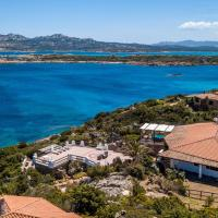 La Villa al Piras - favolosa villa con vista fronte Caprera e accesso al mare