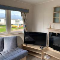 Charming 3-Bed Holiday home at Primrose Valley