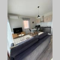 Très jolie mini villa avec vue sur montagne , une chambre lit160 ,un canapé lit dans salon