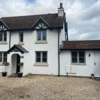 White Wyvern Cottage