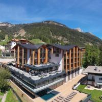 Ciampedie Luxury Alpine Spa Hotel, hotell i Vigo di Fassa