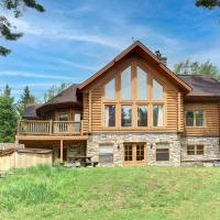 Family escape hot tub and lake access, hotel em Mille-Isles