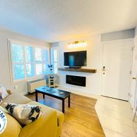 Slopeside Blue Mountain Condo - Wifi, Linens/Towels, Ski In/Out
