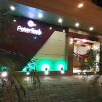 Hostal Peter Frank, hotel em Santo Domingo de los Colorados