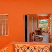 JGs Tropical Apartments