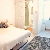 Southsea Garden Apartment