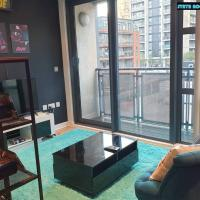 80s Retro 1Bed Studio Serviced Apartment Canary Wharf Perfect For Solo & Couple Travellers