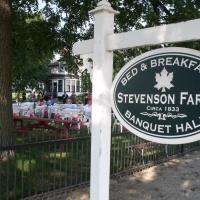 Stevenson Farms-Harvest Spa B & B, отель в городе Alliston