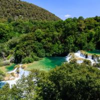 Room in Skradin with balcony, air conditioning, WiFi, washing machine (4921-2)