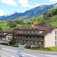 Hotel Postillon, hotel in Buochs