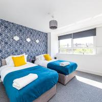 Modern Contractor Flat with FREE Parking in a Great Location by ComfyWorkers