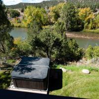 768 Bardin Drive, hotel near Durango-La Plata County - DRO, Durango