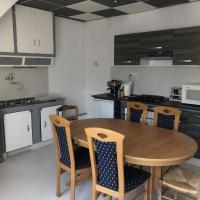 Chambres individuelles avec partie commune ou logement entier si disponible Via Rhôna