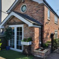 The Coach House Holiday Cottage, Southport