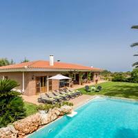 Villa Son Tretze by Villa Plus