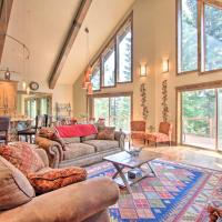 Secluded Luxury Mtn Getaway by Crescent Lake!, hotel v destinaci Odell Lake