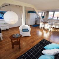 Appartement voor 4 pers. tegenover strand in dorpskern van Westkapelle