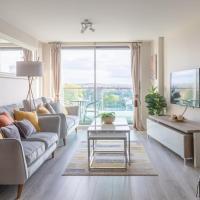 Luxury Riverview City Centre Apartment
