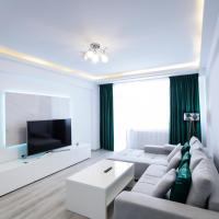 Deluxe Apartment near Coresi Mall with Panoramic View