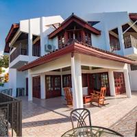 Mountain top ocean view mansion great for parties, hotel near Gregorio Luperón International Airport - POP, Alto de los Castillos