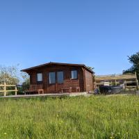 Foxhill Lodges, hotel in Canterbury