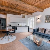 Exquisite 1BR Apartment Old Town and Parking