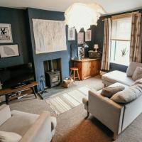 Quirky bohemian Lake District miners cottage- 6 bd