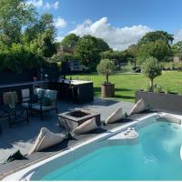 Immaculate 6-Bed House Chichester Goodwood Pool