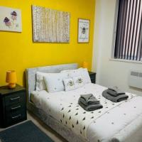 2 Bed City Centre Modern Apartment