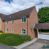 Just Relocate - Bishops Court 2 Bedroom Apartment with Workspace and Parking