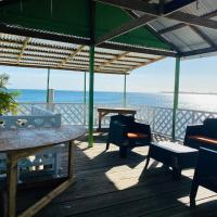 Blue Sky Rentals Utila, hotel in Utila