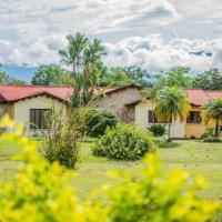 Linda casa de verano con amplias zonas verdes