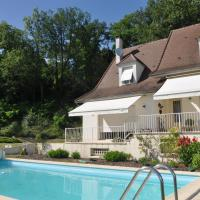 Villa with pool near St Emilion, with a spectacular view