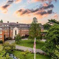 The Lensbury Resort, hotel in Teddington